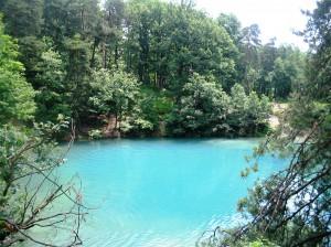 lacul-albastru-din-romania