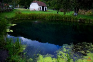 lacul fara fund