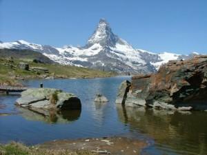 1321315083_1319449013_8Haute-route-classic-hikers-paradise-rusticrambles.com_