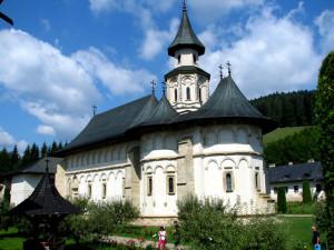 Manastirea-Putna5
